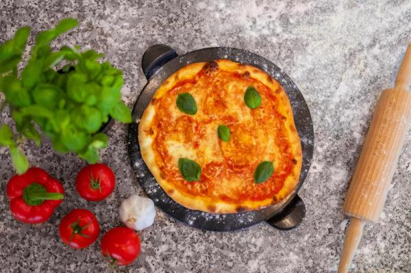 Pizzastein Anleitung inklusive Schritt für Schritt Vorgehen