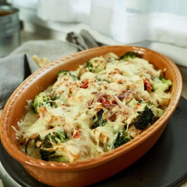 Leckerer vegetarischer Brokkoli Auflauf