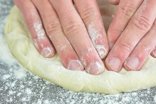 Pizza grillen Kugelgrill