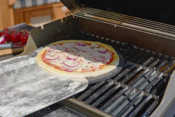 Pizza richtig grillen