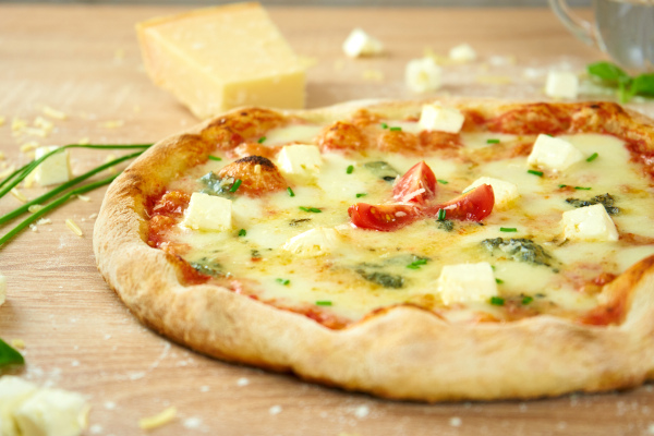 Vier Käse Pizza