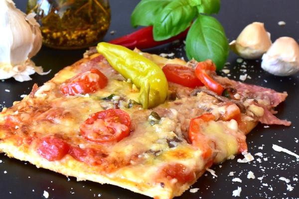 Pizzateig Blech